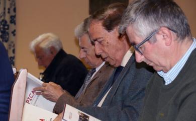 Miembros de la comunidad de propietarios en la asamblea ordinaria
