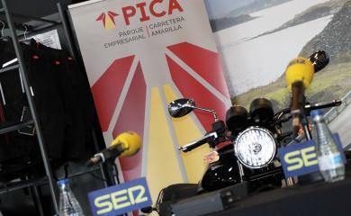 El Parque Empresarial PICA acoge el programa 'Hoy por Hoy Sevilla' en las instalaciones de Grupo Todomoto Automoción